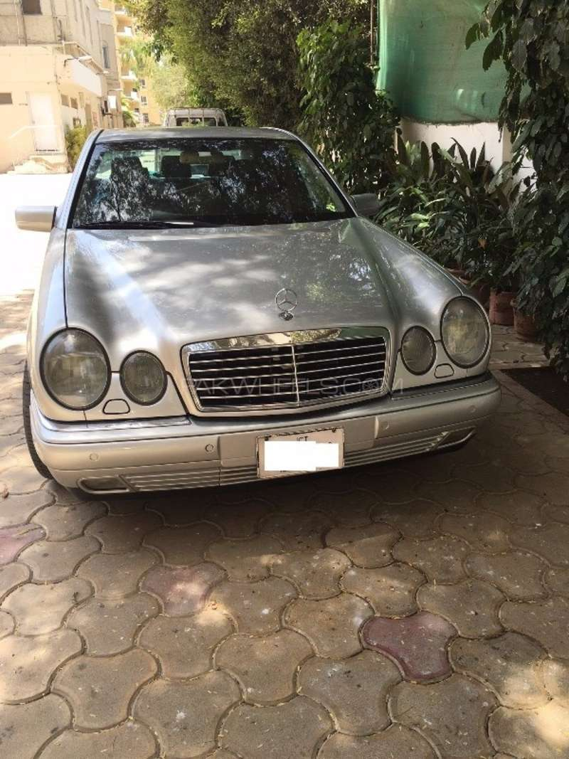 Mercedes benz e class e320 1999 for sale in karachi for Mercedes benz e320 1999