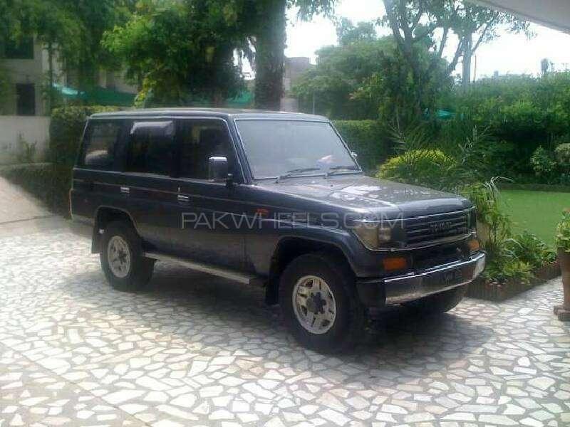 Toyota Prado TX 3.0D 1991 Image-1