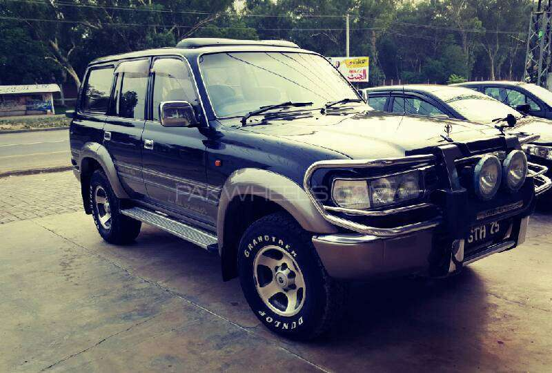 Toyota Land Cruiser VX Limited 4.5 1997 Image-1