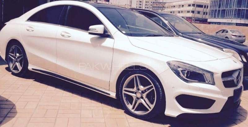 Mercedes Benz CLA Class CLA180 2013 Image-1