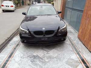 Slide_bmw-5-series-530i-2004-12246924