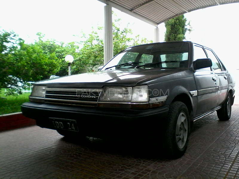 Toyota Corona EX Saloon 1984 Image-1