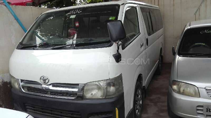 Toyota Hiace Mid-Roof 2.7 2007 Image-1