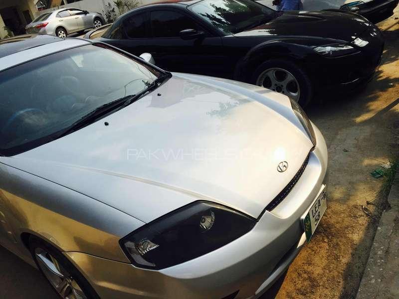 Hyundai Coupe 2005 Image-1