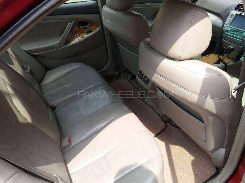 Toyota Camry Up-Spec Automatic 2.4 2007 Image-7