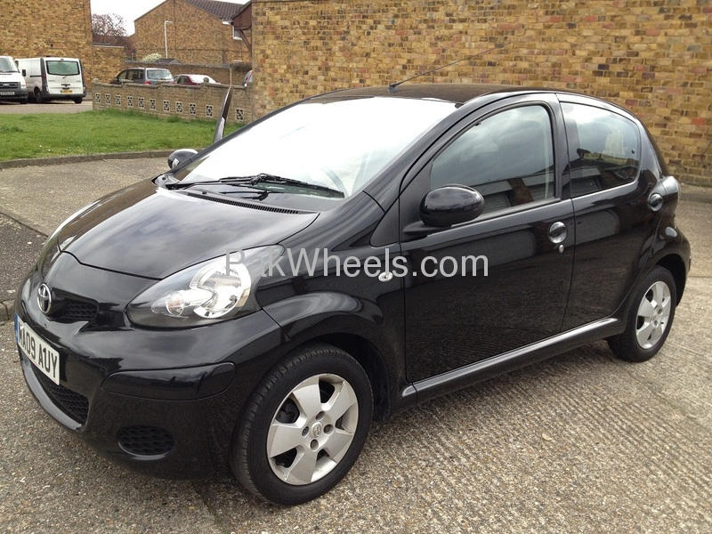 toyota aygo 2009 for sale in lahore pakwheels. Black Bedroom Furniture Sets. Home Design Ideas