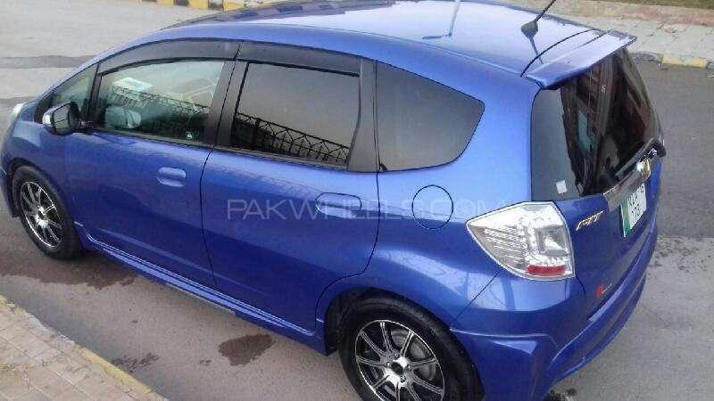 Honda Fit Hybrid Navi Premium Selection 2011 Image-5