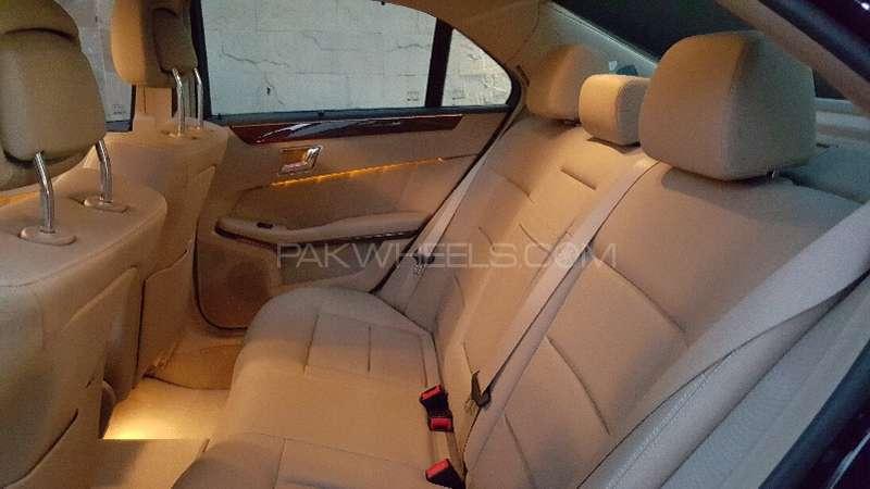 Mercedes Benz E Class E250 2011 Image-8