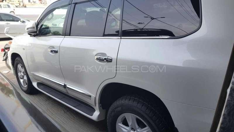 Toyota Land Cruiser AX 2011 Image-11