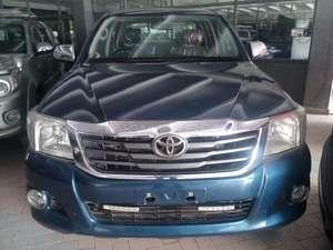 Toyota Hilux Vigo Champ G 2013 for Sale in Karachi