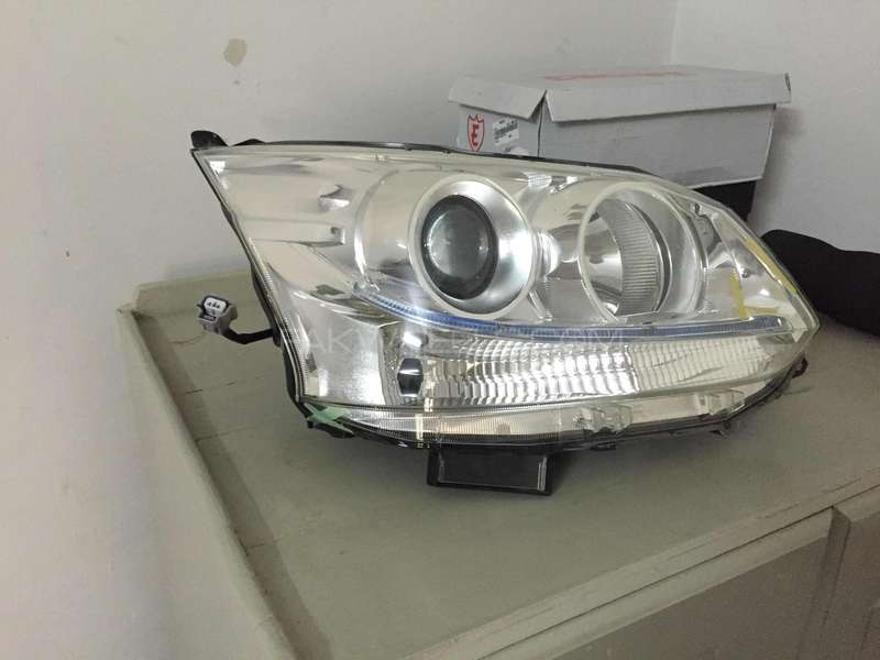 Daihatsu Move Custom/Subaru Stella Custom Head light 2012 right side  Image-1