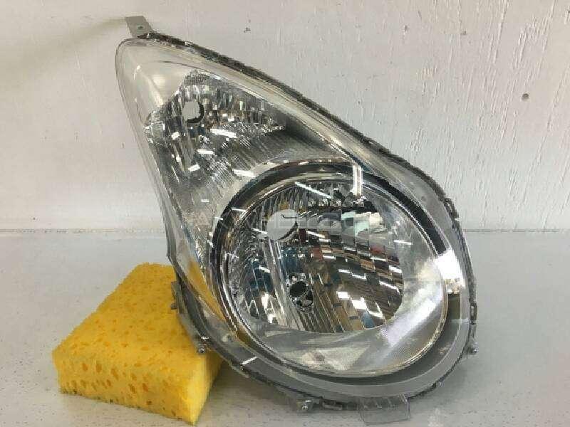 Alto 2013 right headlight Image-1