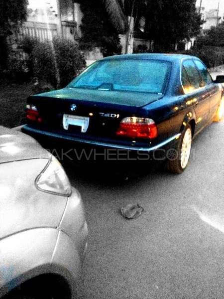 BMW 7 Series 740i 2000 Image-3