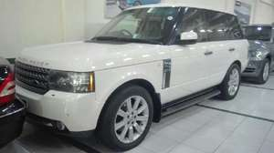 Range Rover Vogue 2010 for Sale in Lahore