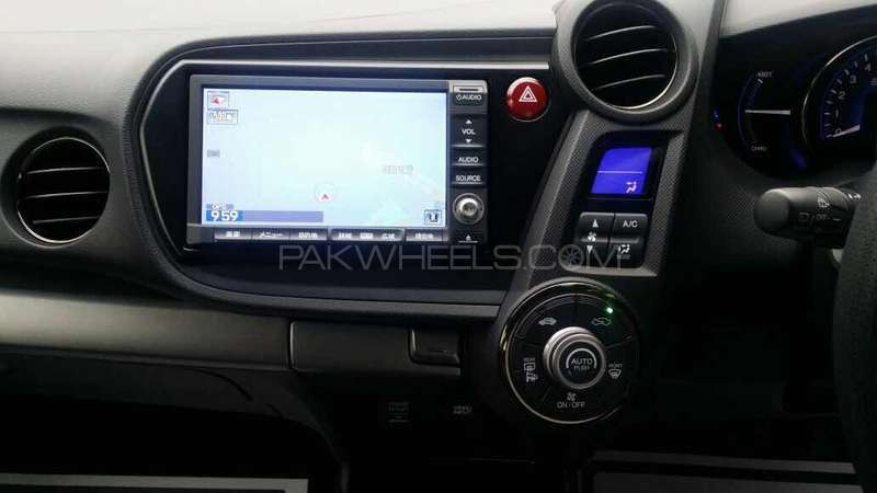 Honda Insight Exclusive XL INTER NAVI SELECT 2014 Image-13