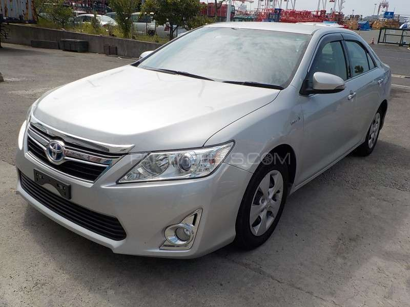 toyota camry hybrid 2013 for sale in gujranwala pakwheels. Black Bedroom Furniture Sets. Home Design Ideas