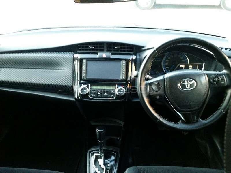 Toyota Corolla Fielder G 2014 Image-5