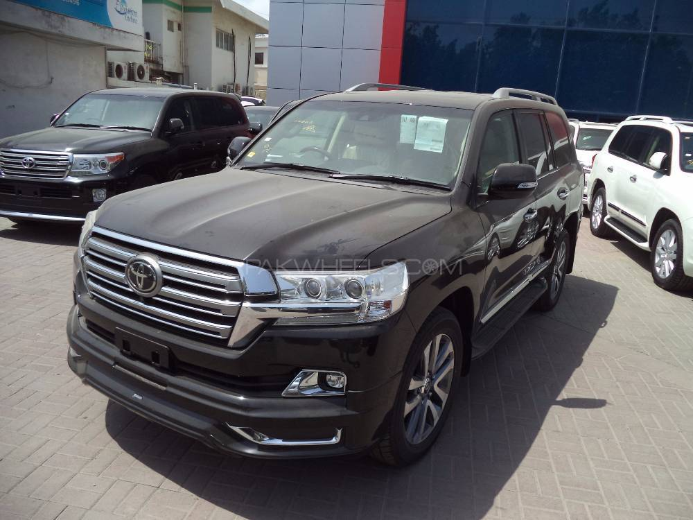 toyota land cruiser zx top of the line fully loaded zero meter fresh. Black Bedroom Furniture Sets. Home Design Ideas