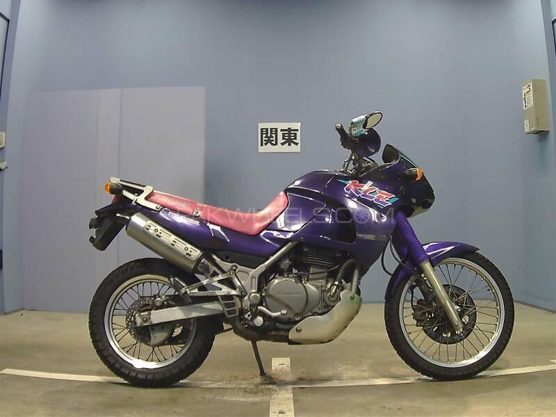 Kawasaki Other 2001 Image-1