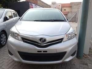 Toyota Vitz Jewela 1.3 2013 for Sale in Lahore