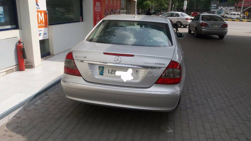 Mercedes Benz E Series 2007 Image-1
