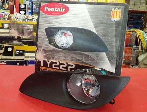 Toyota Vitz 2009 TY 222 FogLights Image-1