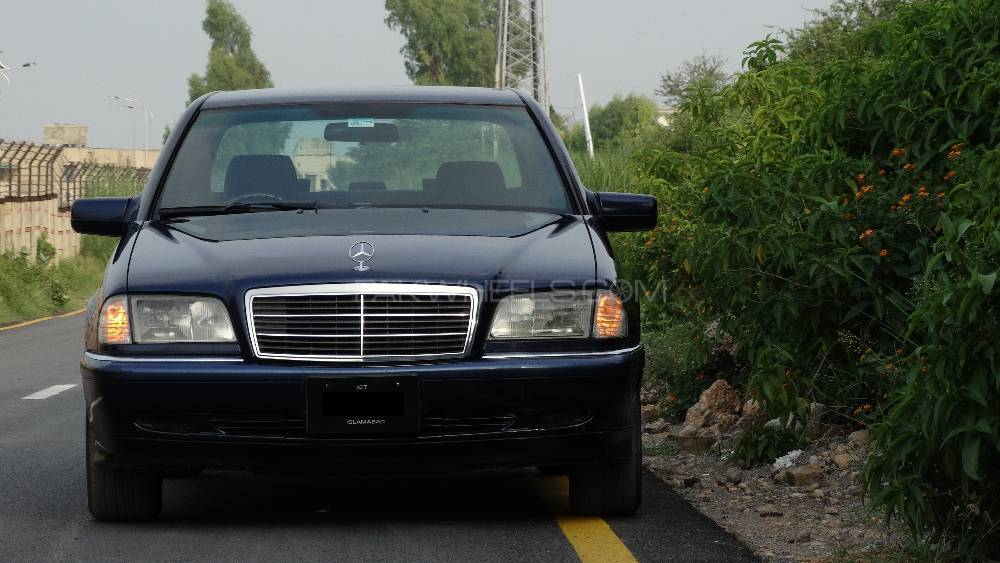 Mercedes benz c class c240 1999 for sale in islamabad for Used mercedes benz rims for sale