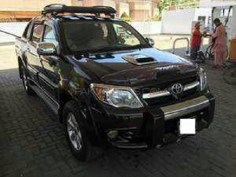 Toyota Hilux Vigo V 2007 Image-1