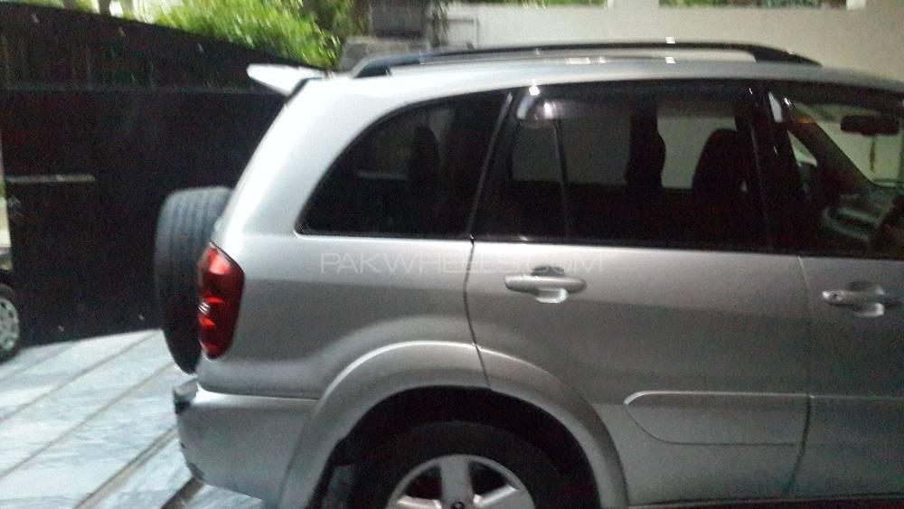 Toyota Rav4 2006 Image-4