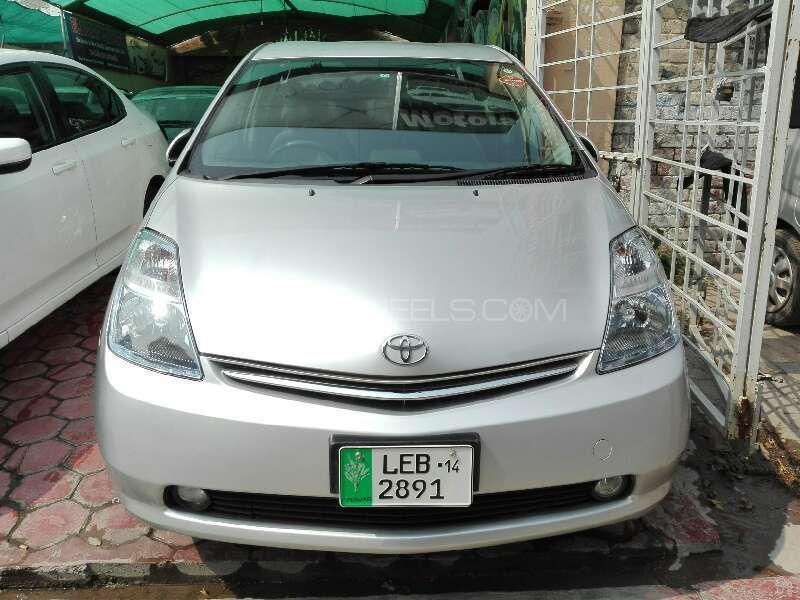 Toyota Prius 2010 Image-1