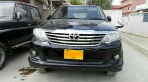 Slide_toyota-fortuner-2-7-automatic-2014-13159118