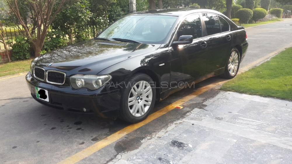 BMW 7 Series 735i 2003 Image-3