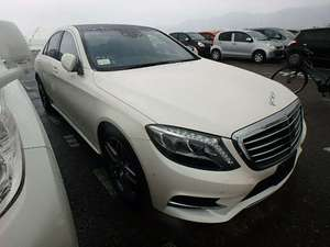 Mercedes Benz S Class S400 Hybrid 2013 for Sale in Karachi