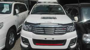 Toyota Hilux Vigo Champ G 2011 for Sale in Lahore