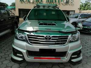 Toyota Hilux Vigo Champ G 2012 for Sale in Lahore