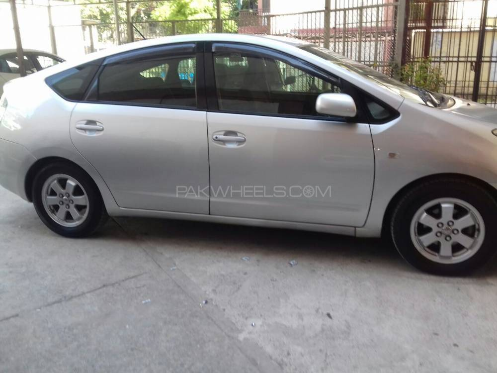 Toyota Prius S Touring Selection 1.5 2005 Image-1