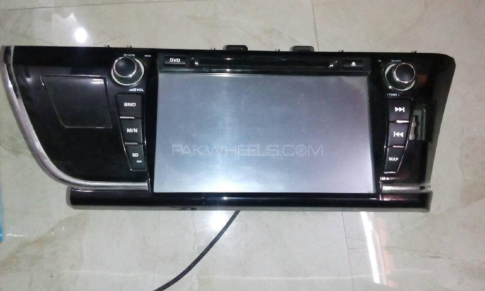 Large display 8/9inch Hd ,Lcd for toyota corolla 2015 . Image-1