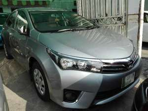 Toyota Corolla 2014 for Sale in Lahore