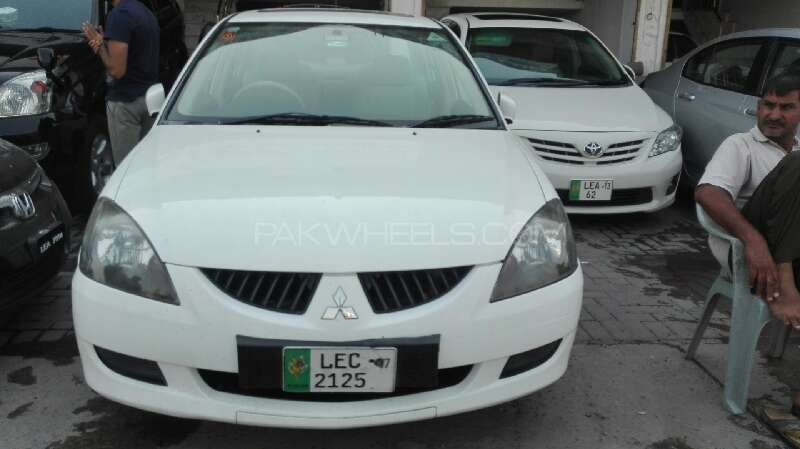 Mitsubishi Lancer GLX 1.6 2005 Image-1