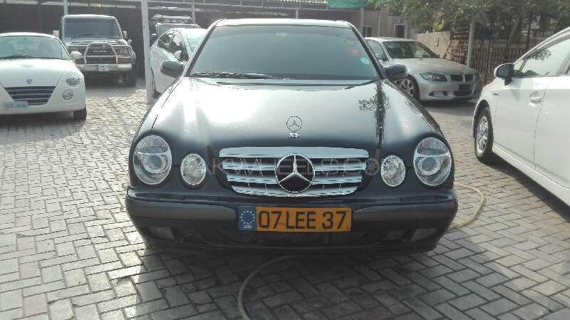 Mercedes Benz C Class C200 2000 Image-1