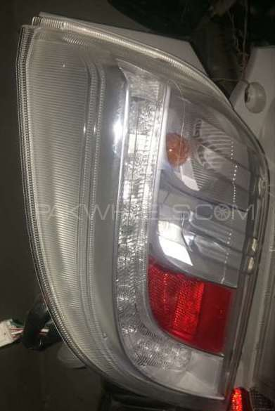 Daihatsu Mira ES back Light white LED Image-1