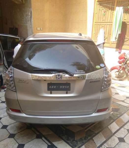 Honda Fit Hybrid S Package 2015 Image-1
