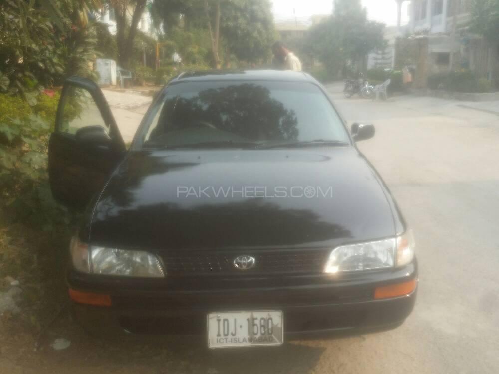 Toyota Corolla 2.0D 1999 Image-1