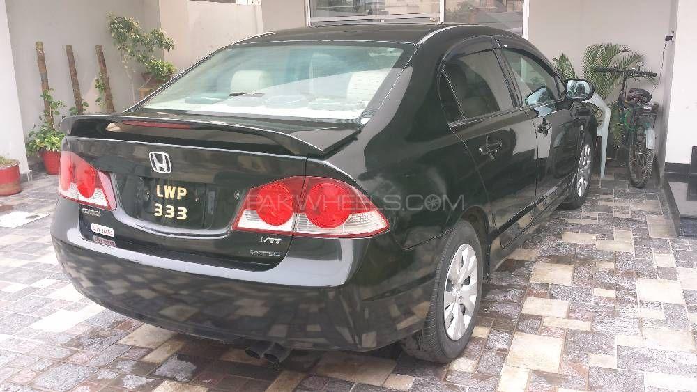 Honda Civic VTi Oriel 1.8 i-VTEC 2006 Image-1