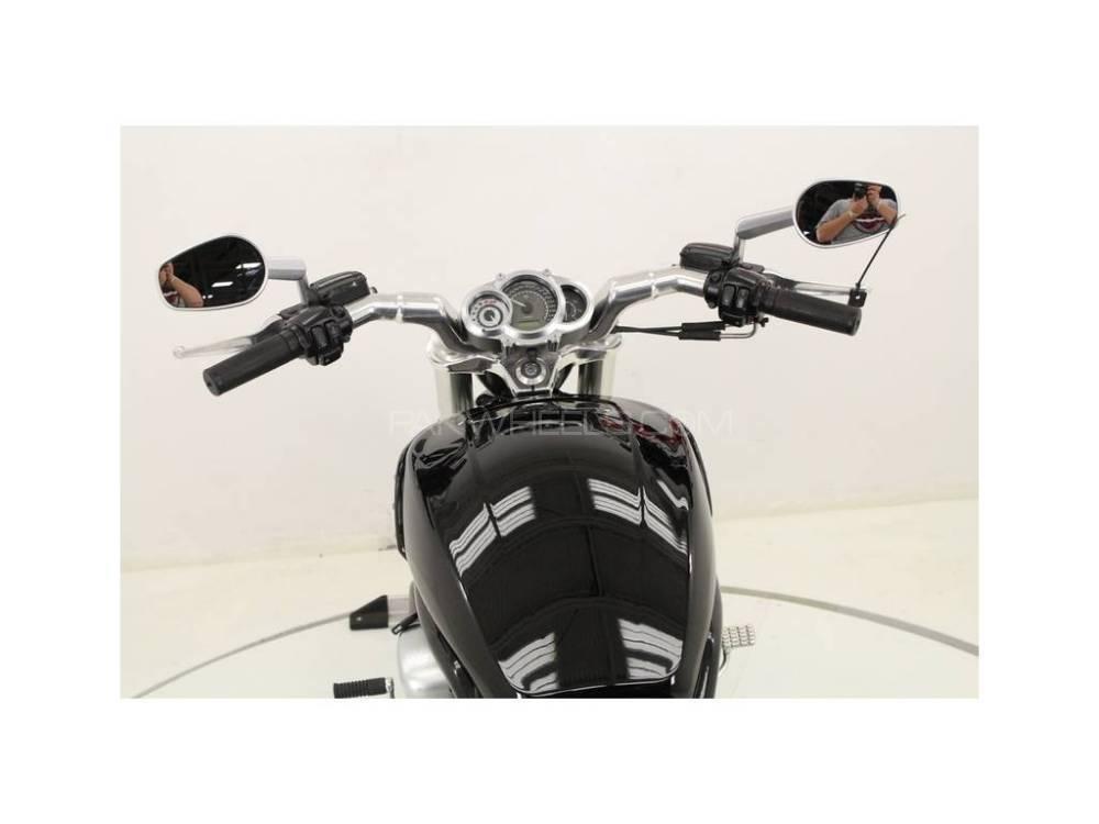 Harley Davidson V-Rod 2011 Image-1