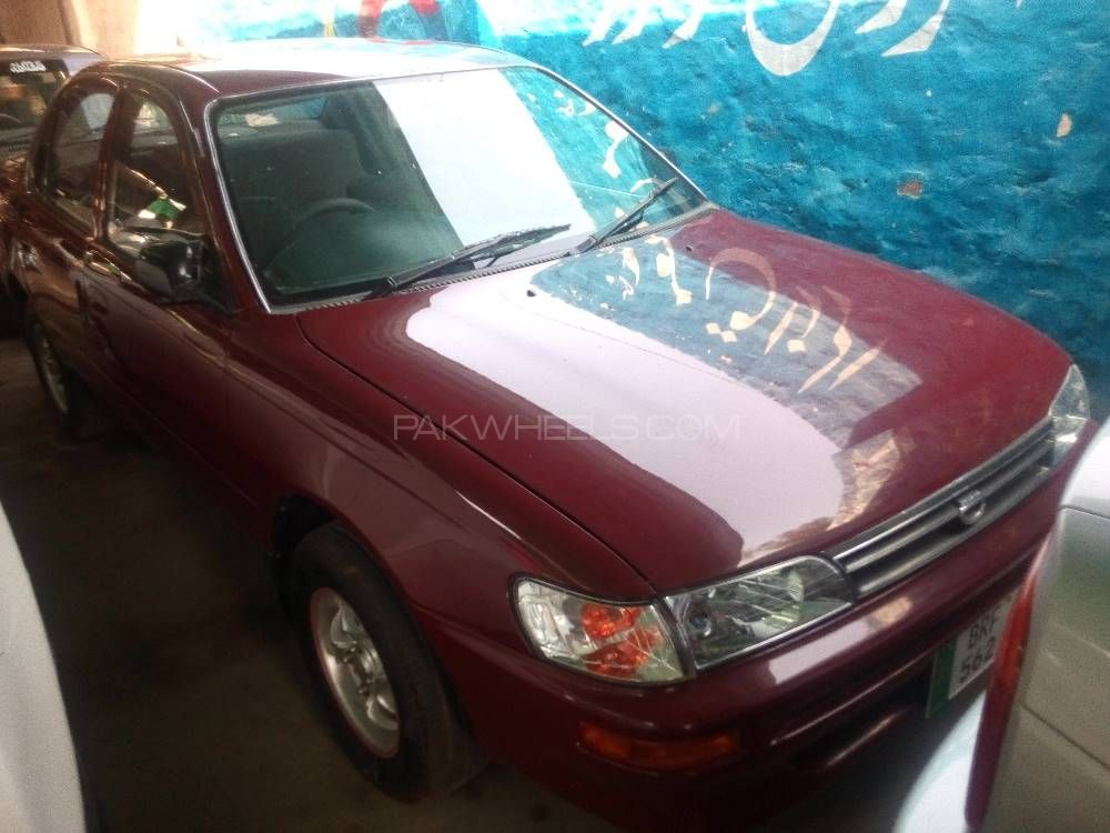 Toyota Corolla XE Limited 1996 Image-1