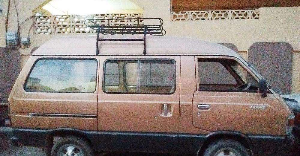 Toyota Lite Ace 1982 Image-1