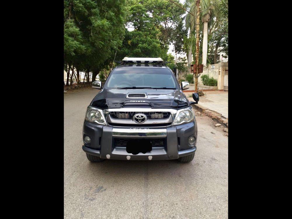 Toyota Hilux Vigo Champ G 2010 Image-1
