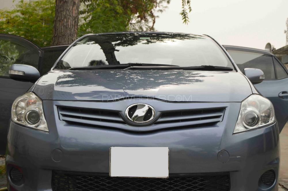 Toyota Auris 1.5X 2010 Image-1