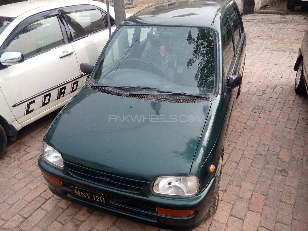 Daihatsu Cuore CL 2001 Image-1